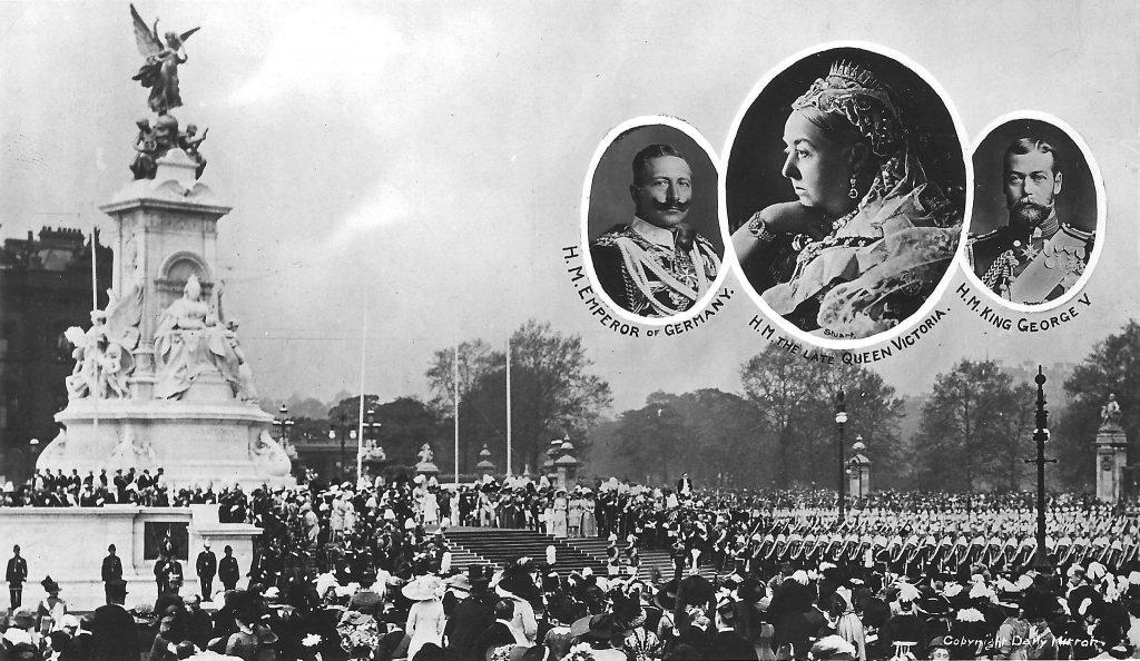 Buckingham Palace Victoria Memorial 1911